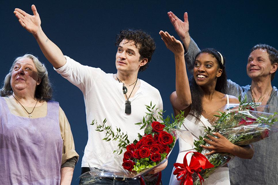 Орландо Блум и Кондола Рашад на премьере бродвейской постановки Ромео и Джульетта в Нью-Йорке