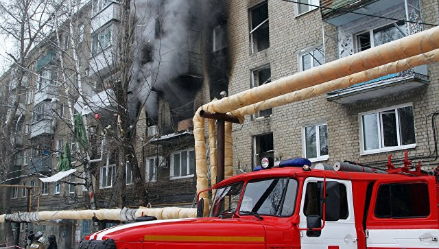 После взрыва газа в саратовской многоэтажке возбудили уголовное дело