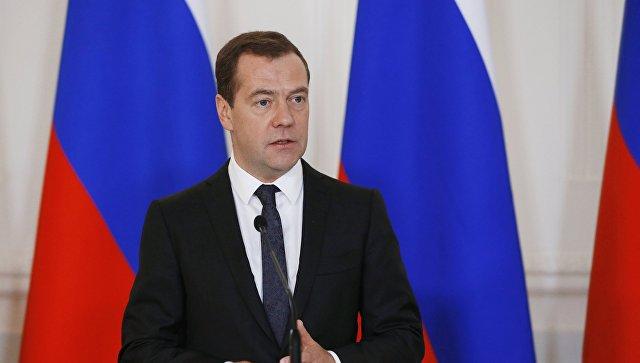 """Медведев: затраты на комплекс """"Филармония-2"""" абсолютно оправданы"""