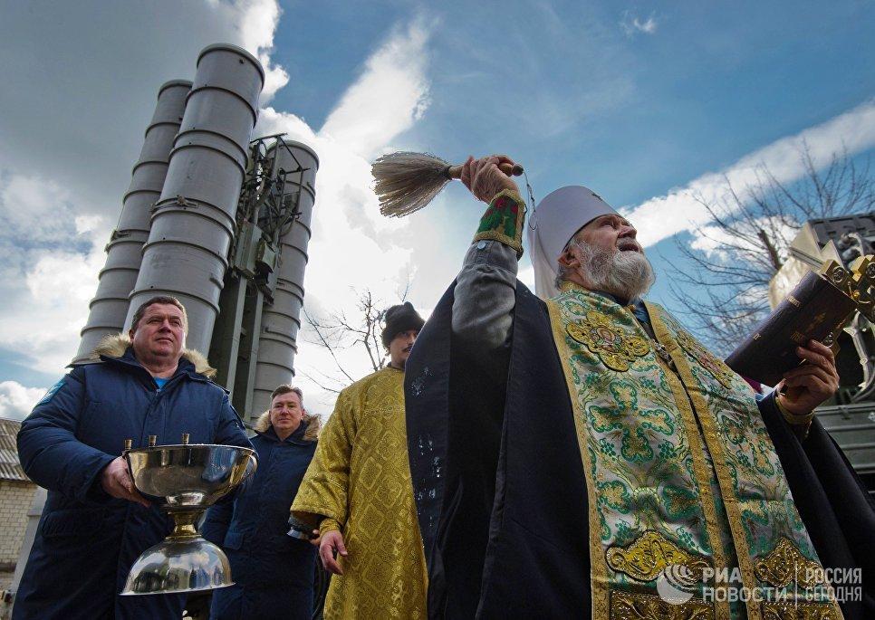 Церемония освящения вооружения зенитного ракетного полка Южного военного округа (ЮВО)