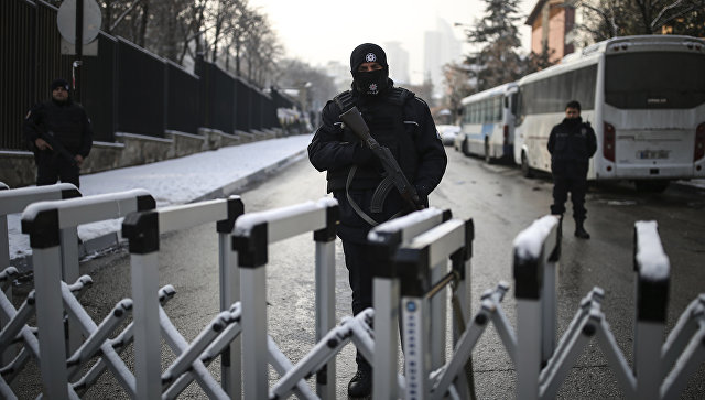 Сотрудники правоохранительных органов Турции в Анкаре. Архивное фото