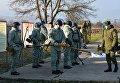 Саперы инженерных войск Южного военного округа готовятся к занятиям по разминированию на учебном полигоне Ханкала, расположенного в 7 километрах от Грозного