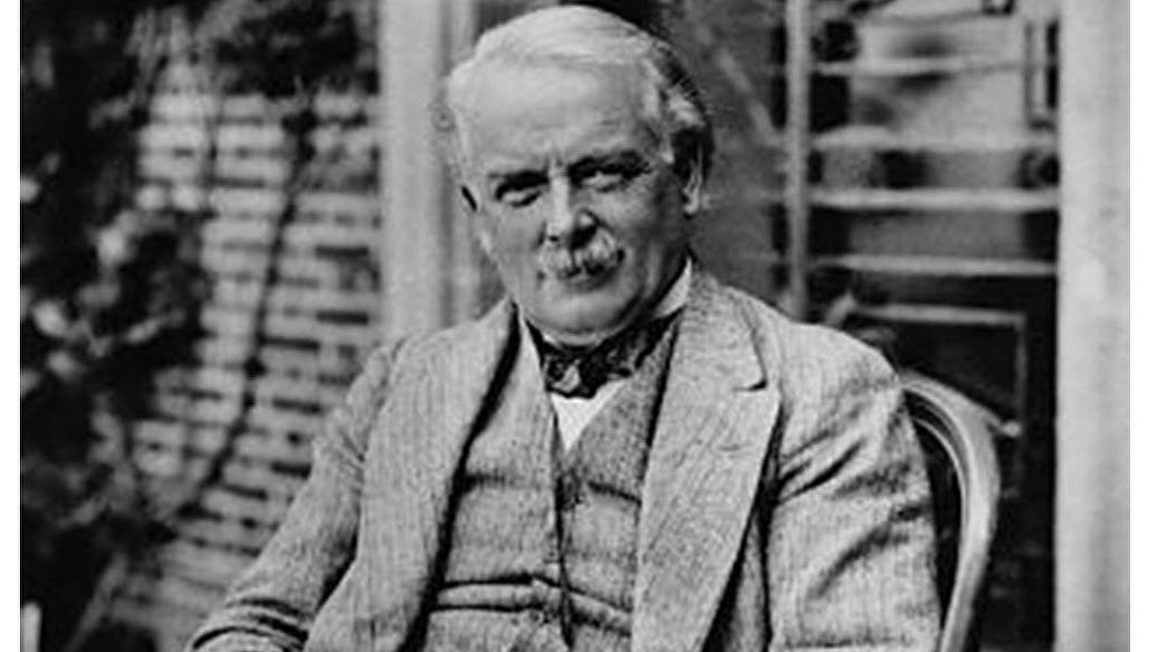 lloyd george s mistakes in falling from power Why did lloyd george fall from power 1922 prime minister the radical lloyd george made a greater impact on british public life than any in 20th century he laid the foundations of what later became the welfare state and put a progressive income tax system at the centre of government finance he.