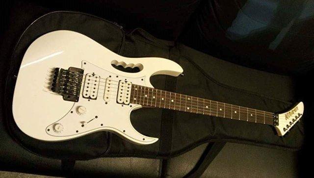 Украденная гитара музыканта Бахыт-компот