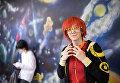 Посетитель на аниме-фестивале AniMatrix во Дворце культуры и техники МАИ в Москве