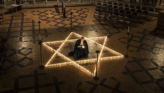 Главный раввин столицы предложил ввести в ученическую программу тему Холокоста