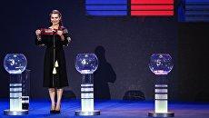 Ведущая на церемонии жеребьевки международного конкурса Евровидение-2017 в Киеве. Архивное фото