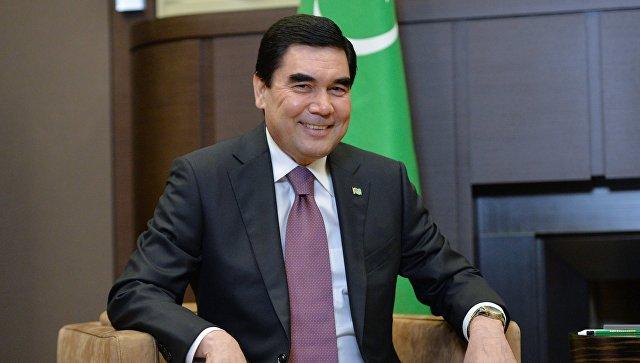 В Туркмении женщины получат от президента по $11 на 8 Марта