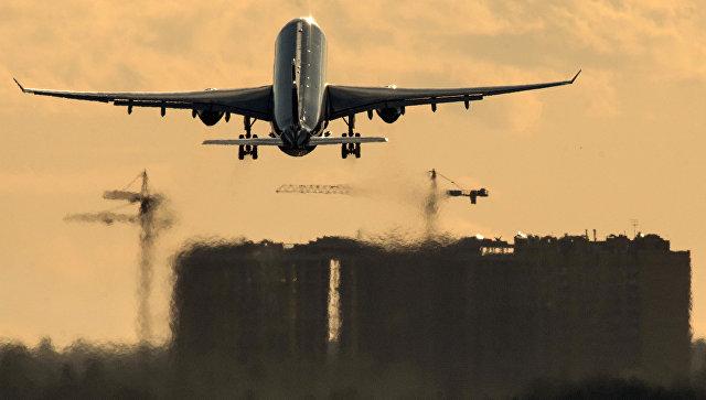 Самолет авиакомпании Аэрофлот совершает взлет в международном аэропорту Шереметьево. Архивное фото