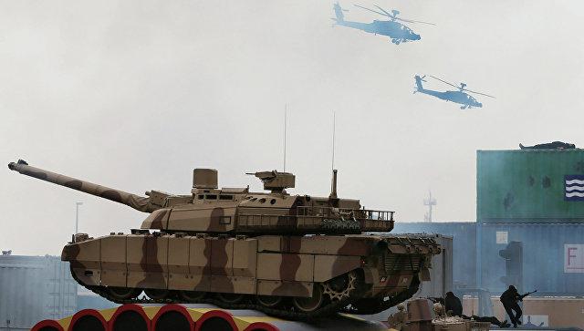 ВАбу-Даби открывается выставка военной техники IDEX