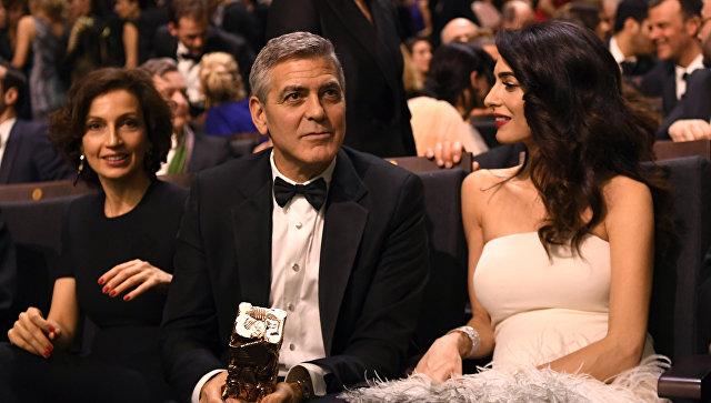 УДжорджа иАмаль Клуни родились близнецы