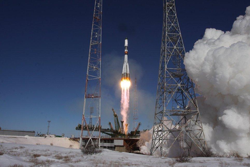 Запуск ракеты-носителя Союз-У с грузовым кораблем Прогресс МС-05. 22 февраля 2017