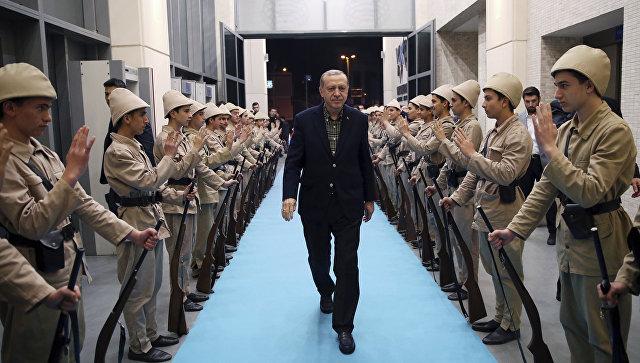 Встреча президента Турции Реджепа Тайипа Эрдогана в Стамбуле. 5 марта 2017 года