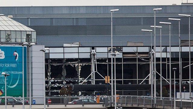 Поврежденное здание аэропорта Завентем в Брюсселе, где 22 марта произошел взрыв. Архивное фото