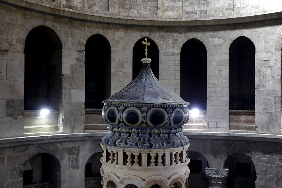 Кувуклия в храме Гроба Господня в Иерусалиме