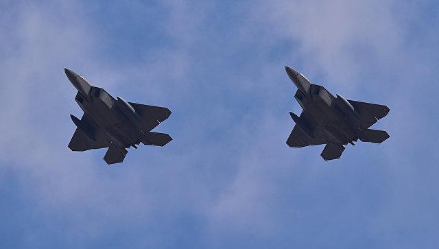 Многоцелевой истребитель ВВС США F-22 Raptor