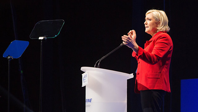 Ле Пен рассказала, кого назначит премьером, если станет президентом Франции