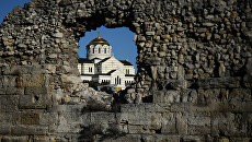 Вид на собор Святого Владимира на территории национального заповедника Херсонес Таврический в Севастополе. Архивное фото