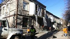 Жилой многоквартирный дом, пострадавший в результате обстрела Ясиноватой в Донецкой области украинскими силовиками. Архивное фото