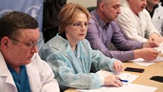 Министр здравоохранения РФ Вероника Скворцова во время пресс-конференции в НИИ скорой помощи имени И.И. Джанелидзе в Санкт-Петербурге
