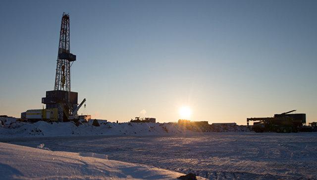 Бурение в Арктике. Архивное фото