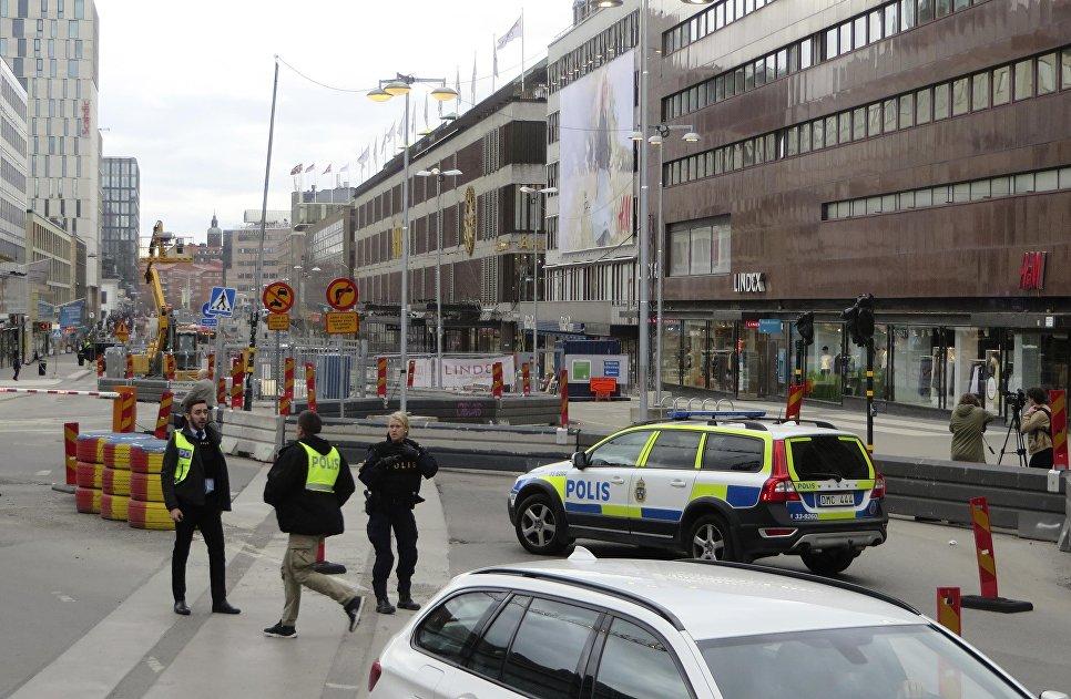 Фото голых девочек в шведской столицы фото 490-393