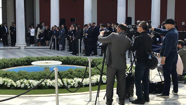 Греция насутки осталась без новостей