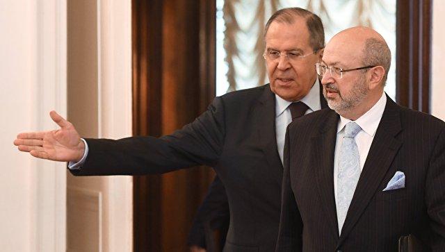 Лавров ответил на предложение Порошенко ввести миротворцев в Донбасс