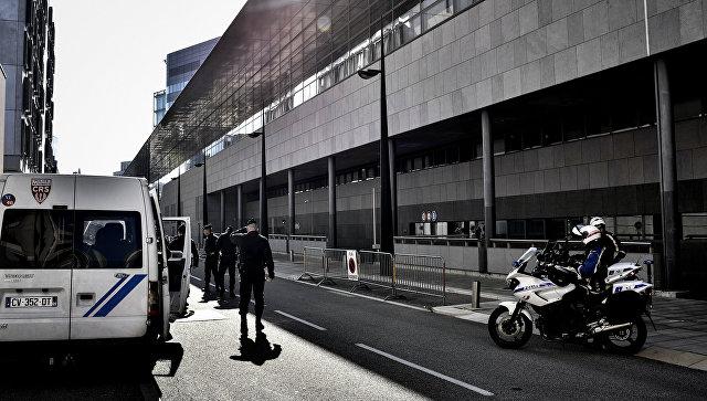 Сотрудники правоохранительных органов Франции в Гренобле. Архивное фото