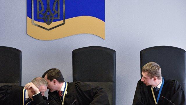 Поделу Януковича вУкраинском государстве допросят неменее 100 чиновников ивоенных