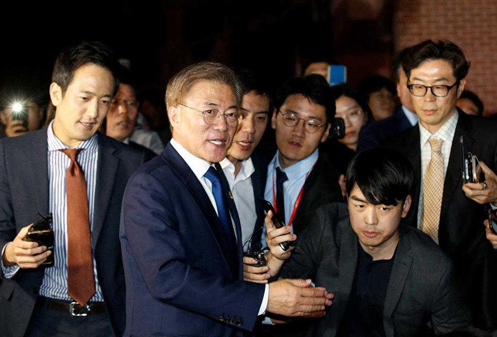 Северная Корея призывает Южную остановить вражду между единой расой впреддверии выборов