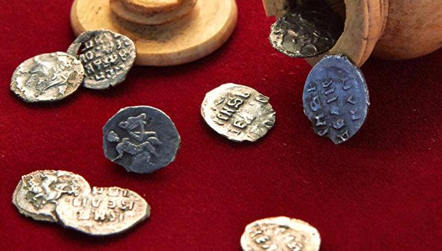 Клад времен Ивана Грозного найден  в российской столице  вшахматной фигуре XVI века
