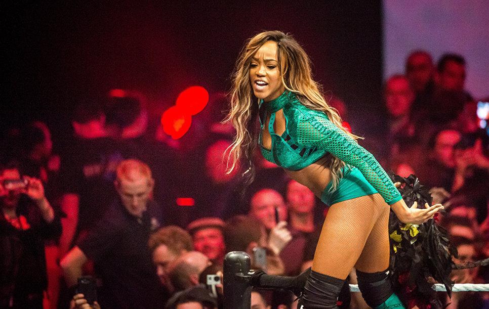 Алисия Фокс во время выступления на WWE в Лилле, Франция