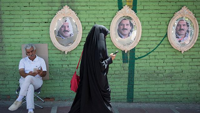 Иран готовится к схватке политика с богословом за президентство