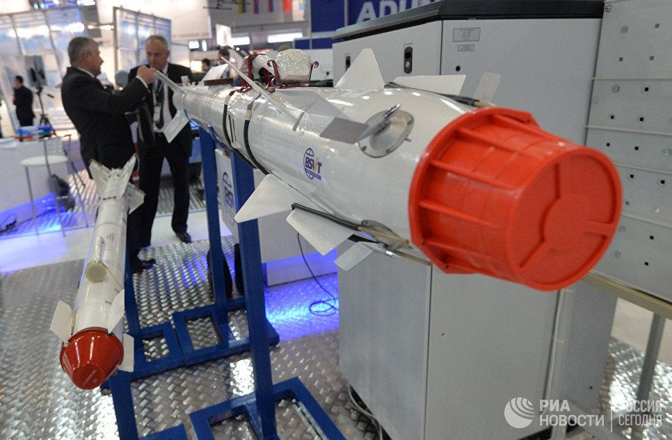 Авиационные управляемые ракеты на 8-й Международной выставке вооружения и военной техники Milex-2017 в Минске