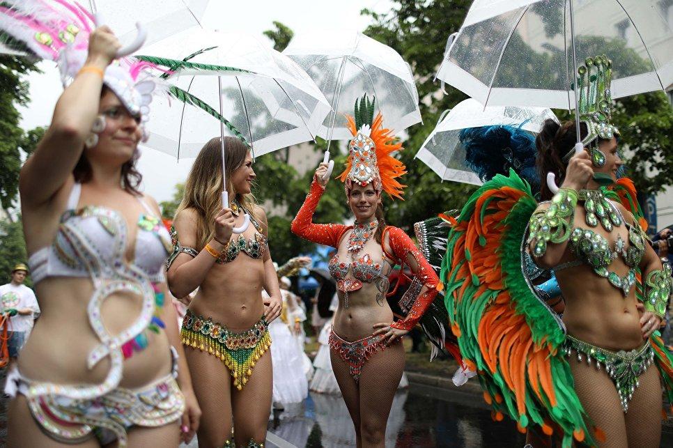 Ежегодный Карнавал культур в Берлине