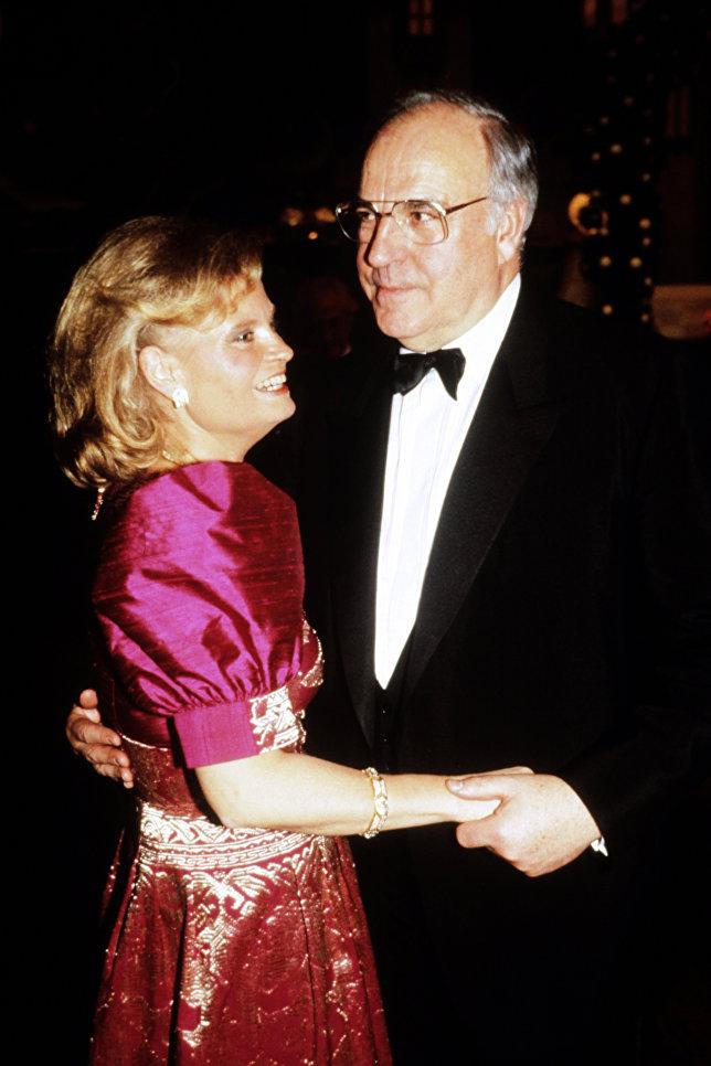 Канцлер Гельмут Коль с женой Ханнелоре. 1989 год