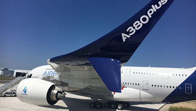 Airbus пробует  найти новых клиентов  A380, обещая дополнительную экономию топлива