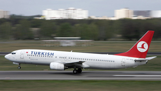 Cамолет турецкой авиакомпании Turkish Airlines