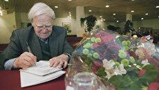 Писатель Даниил Гранин. Архивное фото