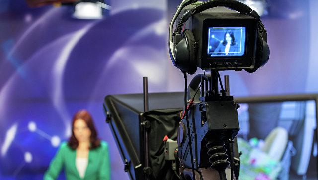 Захарова заявила о попытках США вербовать российских журналистов