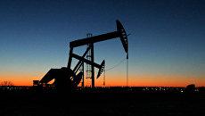 Место добычи нефти в США. Архивное фото