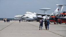 Самолеты на полигоне во время подготовки к открытию Международного авиационно-космического салона МАКС-2017 в Жуковском. Архивное фото