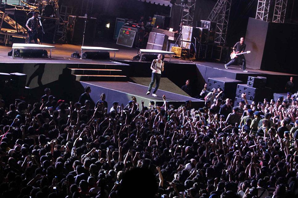 Выступление американской группы Linkin Park в Джакарте. 21 сентября 2011