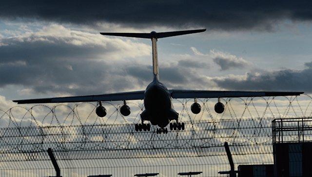 На Камчатке из-за циклона отменили авиарейсы