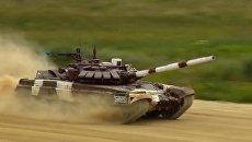 Рекордная стрельба танкистов и соревнования снайперов: второй день АрМИ-2017