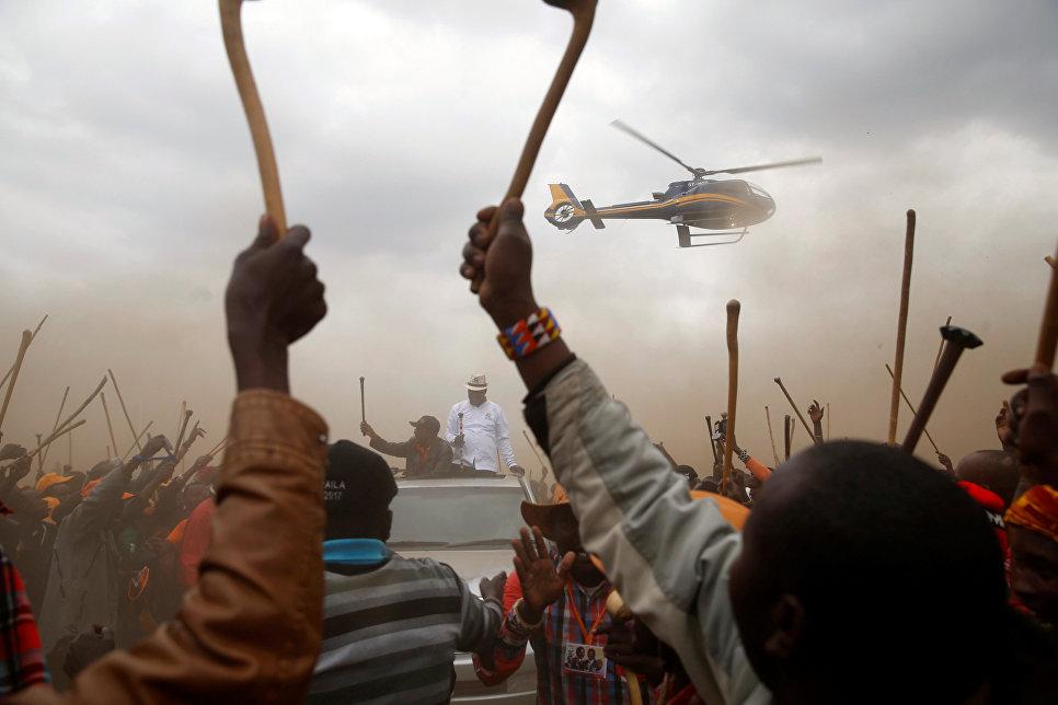 Лидер кенийской оппозиции Райла Одгана на предвыборном митинге в Сусу