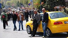 Таксисты в центре Стамбула