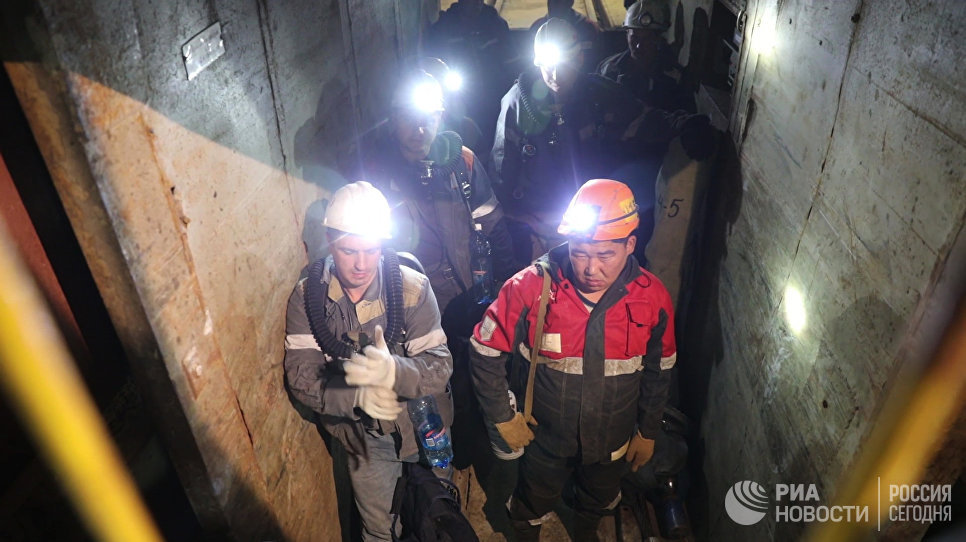АЛРОСА начала трудоустраивать работников рудника «Мир»