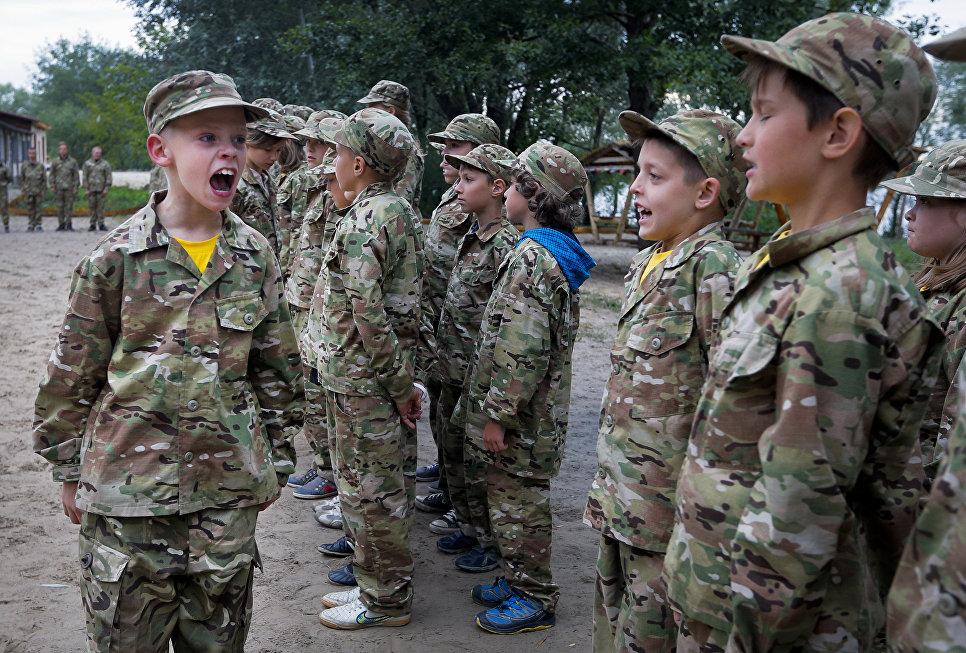 Муженко затвердив програму відновлення та впровадження національних бойових традицій у ЗСУ - Цензор.НЕТ 2417